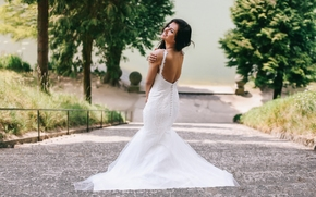 Aurela Skandaj, Wedding Dress, ubierać, dekoltu, nastrój, drabina