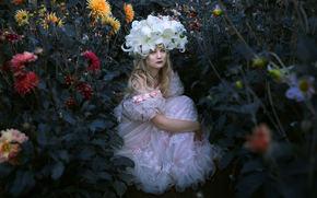 девушка, платье, венок, цветы, георгины, лилии, настроение