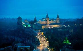 Каменец-Подольский, Украина, замок, мост, башни, фонари, вечер