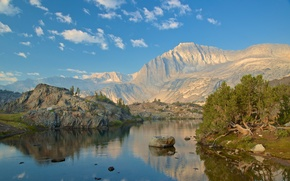 mt. Conness, Conness glaciar, Parque Nacional de Yosemite, Sierra Nevada, EE.UU.