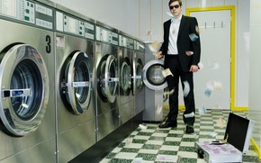 money, euros, Washing, machine, mafia, corruption, suitcase, case, glasses, suit, situation