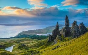 Scotland, Скала Олд-Мен-оф-Сторр, Isle of Skye, остров Скай, Old Man of Storr, Шотландия, скалы, долина, озёра, панорама