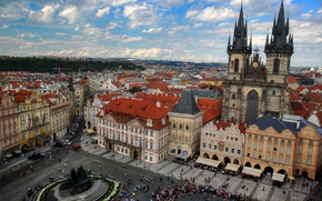 Площадь Staromestske, Прага, Церковь Девы Марии