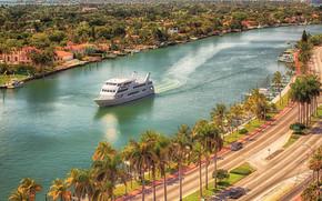 Collins Ave, Miami Beach, USA