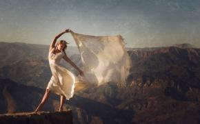 девушка, платье, шаль, настроение, горы, ветер