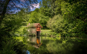 Cotswolds, Stroud District, england, Cotswolds, England, river, trees, cabin