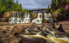 Gooseberry Falls, Gooseberry Falls State Park, Minnesota, Minnesota, Wasserfall, Kaskade, Fluss, Brücke