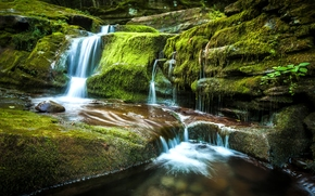Tompkins Falls, Andes, New York, Falls Tompkins, Ends, NY, waterfall, cascade, stones, moss