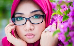 Bib Mansor, лицо, взгляд, очки, цветы, портрет