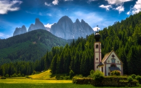 Santa Maddalena, Villnoss, South Tyrol, Italy, Dolomites, Santa Maddalena, Funes, South Tyrol, Italy, Dolomites, church, meadow, Mountains, forest