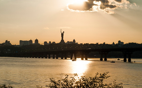 evening, bridge, river, Dnieper, Kiev, Ukraine, statue, motherland, city, home, sail, sky, clouds