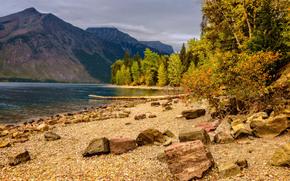 Lake McDonald, Parco nazionale Glacier, Montana, autunno, Montagne, alberi, paesaggio