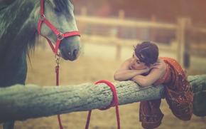 Arancha Ari Arevalo, модель, лошадь, конь, бревно, настроение