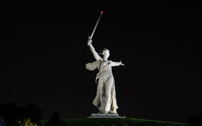 Родина-Мать, Волгоград, статуя, Россия, Мамаев курган, монумент, памятник, СССР, город, меч, ночь