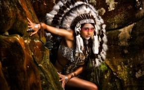 фотокартина, печать на холсте на заказ Украина ArtHolst индианка, скво, раскрас, роуч, перья
