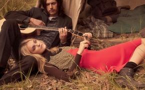 фотокартина, печать на холсте на заказ Украина ArtHolst Hozier, Caroline Trentini, музыкант, модель, гитара, настроение