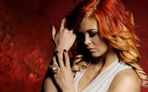 рыжая, рыжеволосая, волосы, локоны, руки, кольцо, настроение