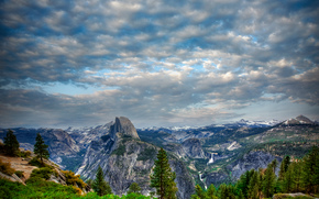 Yosemite Valley, California, Montagne, alberi, paesaggio
