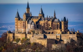 Hohenzollern Castle, Mount Hohenzollern, Swabian Alps, Baden-Württemberg, Germany, Hohenzollern Castle, Mount Hohenzollern, Swabian Alb, Baden-Wuerttemberg, Germany, castle-fortress, trees, autumn