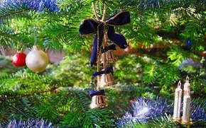 Florist equipment tree, Garlands, lights, Toys