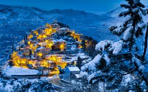 La Roquette-sur-Var, Provenza-Alpi-Costa Azzurra, Francia, Alpi, La Roquette-sur-Var, Provenza-Alpi-Costa Azzurra, Francia, Alpi, città, inverno, Montagne