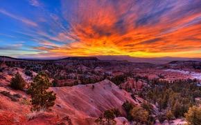 Bryce Canyon, salida del sol, Parque Nacional Bryce Canyon, EEUU Parques Nacionales, Se encuentra en el suroeste de Utah, puesta del sol, Montañas, Rocas, paisaje