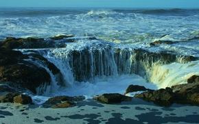 Thor's Well, Cape Perpetua, Oregon