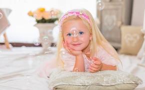 ragazza, sorridere, gli occhi azzurri, visualizzare, bolle di sapone, attutire, stato d'animo