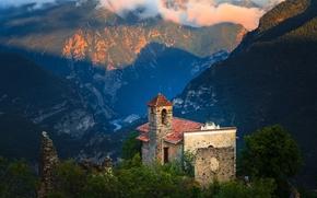 Tournefort, Alpi Marittime, Provenza-Alpi-Costa Azzurra, Francia, Tournefort, Alpi Marittime, Provenza-Alpi-Costa Azzurra, Francia, Montagne, chiesa, panorama