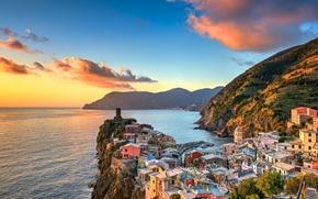 Vernazza, Cinque Terre, Liguria, Italia, Mar Ligure, Vernazza, Cinque Terre, Liguria, Italia, Mar Ligure, mare, costa, tramonto, Montagne, costruzione