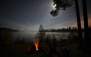 Übernachtung, Stern, FEUER, Menschen, Bäume, Wald, See, Wasser, Himmel, Mond, Weltraum, Romantik, Reise, Priozersk Bezirk, Gebiet Leningrad, Russland, Natur, Landschaft