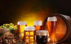 Tazze, birra, schiuma