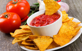 chips, tomatoes, yashka