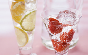 stemware, drink, Lemon, strawberries, ice
