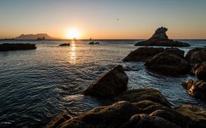 sea, stones, sun, sky