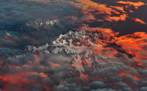 Mountains, vertices, clouds, height