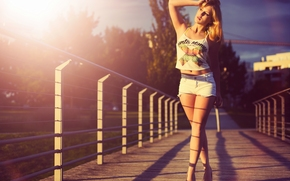 model, pose, figure, feet, shorts, bridge