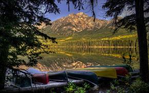 озеро, горы, деревья, лодки, пейзаж
