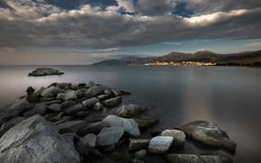 водоем, тучи, камни, берег