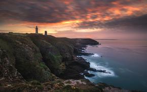 море, небо, берег, маяк