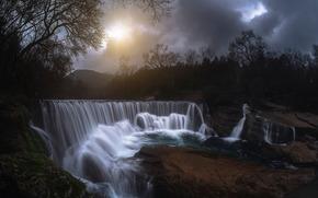 водопад, солнце, небо, камни