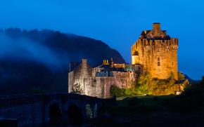Eilean Donan Castle, Scotland, ночь