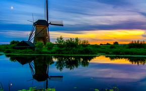 Hollande du Sud, village Kinderdijk, moulin, rivière, canal, coucher du soleil, paysage, kinderdijk