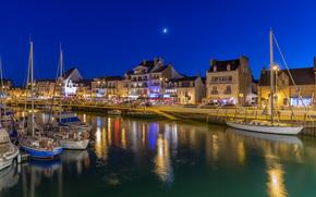 Ле Пулиген, Франция, ночь