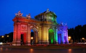 Puerta de Alcalá, Madrid, città