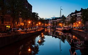 Groningen, Groningen, Países Bajos, noche, luces