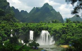 водопады, горы, лес, поселение