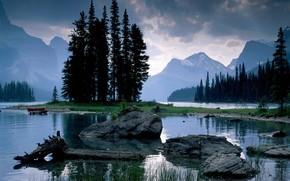 Montagne, pietre, lago