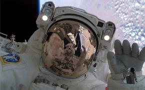 космос, космонавт скафандр орбита